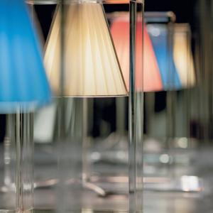 Light Air lampda da tavolo