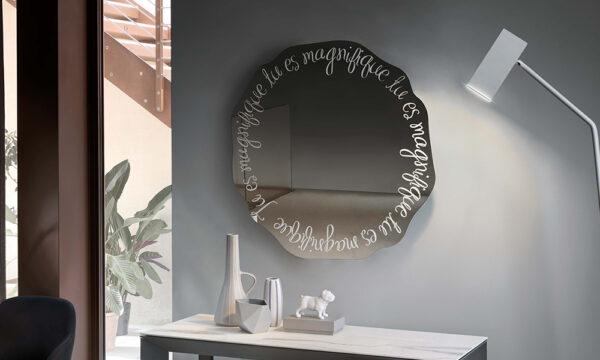 Magnifique specchio Riflessi