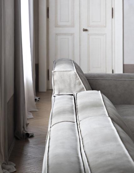 Up divano saba
